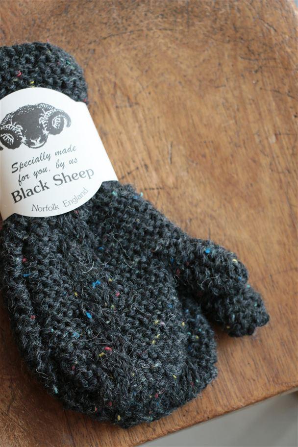 A11414413 BLACK SHEEP AM40 mitten charcoal