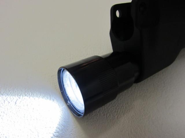 G&P製東京マルイMP5用 CREE LEDショートフラッシュライト