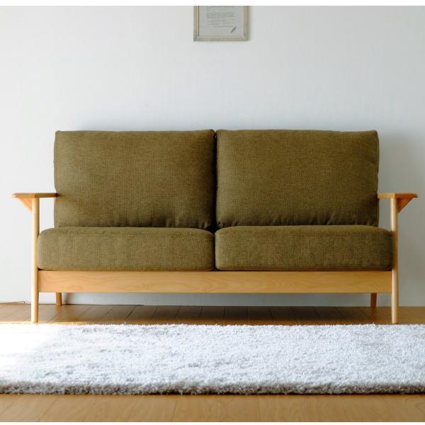 【送料無料】 マンションのリビング最適 アルダー無垢材を使用した2.5人掛け木枠ソファ グリーン