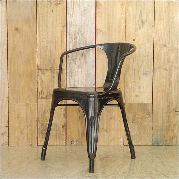 【送料無料】カフェなど飲食店に最適 スチール製のオシャレなスタッキングチェア ブラック