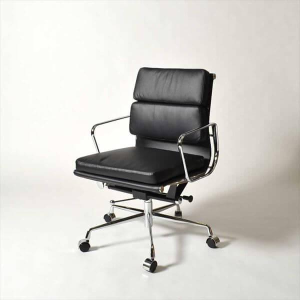 【送料無料】 イームズ アルミナムチェア ブラック (ローバック/ソフトパッド) 本革仕様 会議室チェア