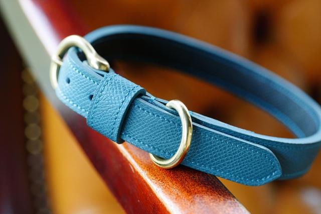 [オーダーメイドギャラリー]中型犬用 首輪 35cm用 傷に強い型押しカーフ使用
