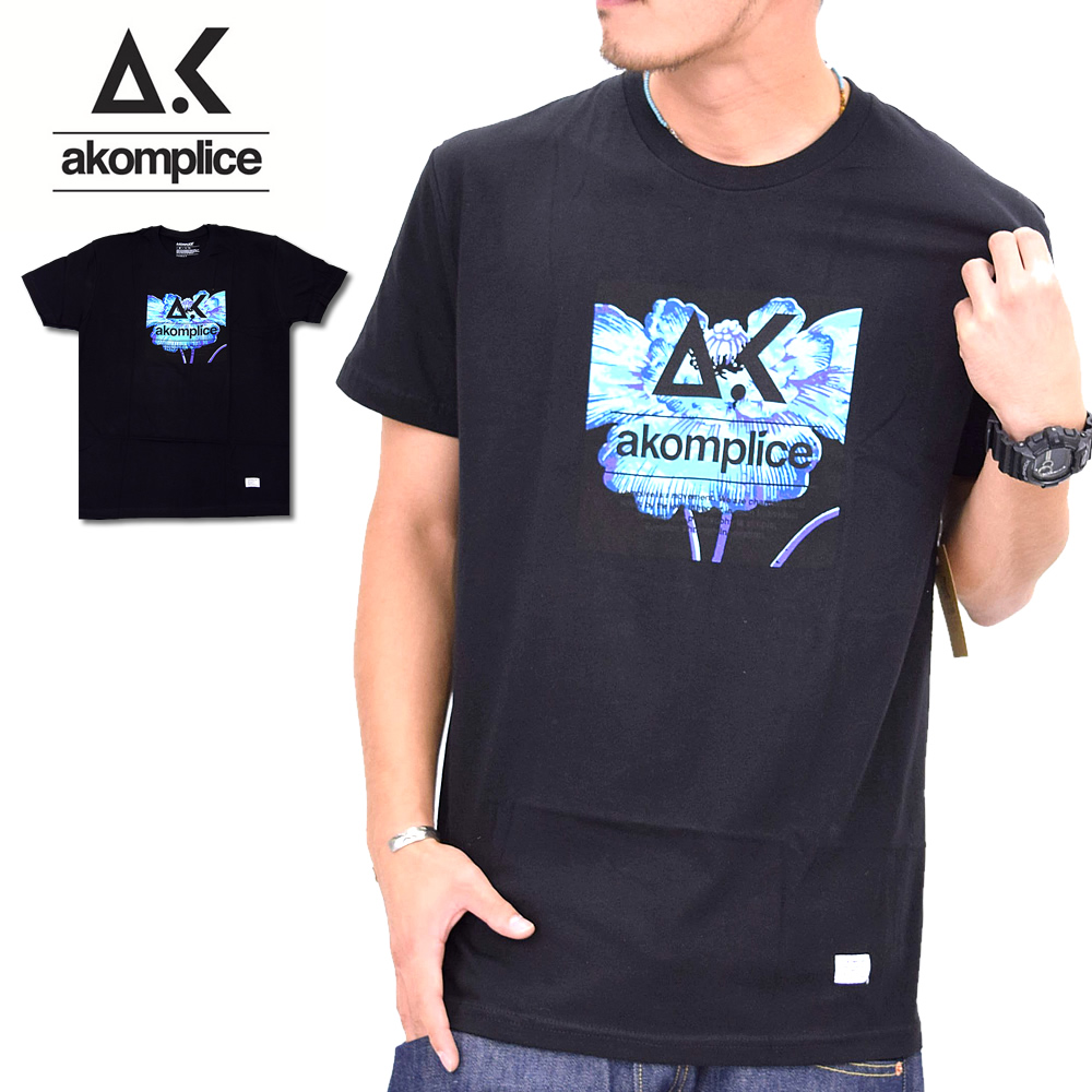 AKOMPLICE (アコンプライス) 半袖TEEシャツ Bright Poppy Logo APTT020