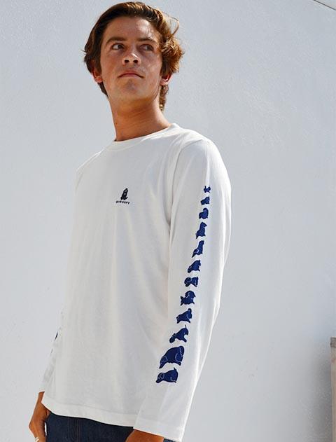 【UNISEX】フラッグロゴハーフジップ