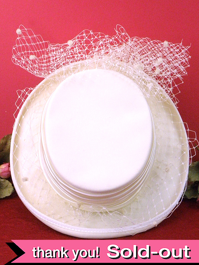 <英国ビンテージHAT>ベールがついた優雅なオフホワイト♪ヴィクトリアン貴婦人のようなお帽子