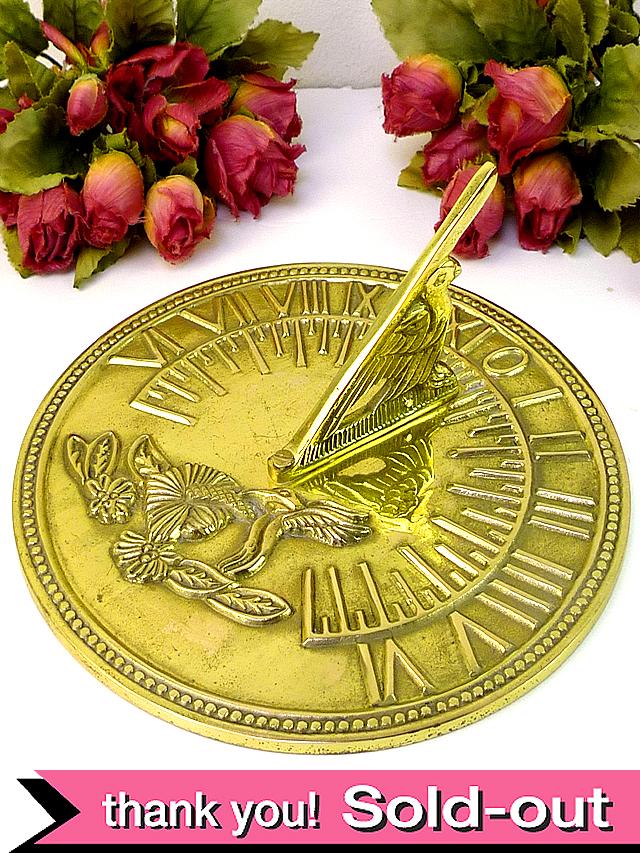 1940年代:愛らしいハチドリさん♪とても珍しい無垢の真鍮で作られた日時計