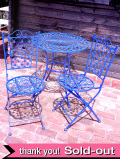 1950年代:幸運を呼ぶイングリッシュブルー♪お花模様が愛らしい英国のガーデンテーブルセット「3点組」
