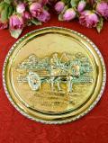 1920年代:英国カントリーサイドの美しい風景♪真鍮細工が優雅な英国アンティークの飾り皿