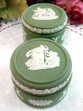 <ウエッジウッド>貴重なグリーンジャスパー♪愛らしいスモールサイズのポーセリンBOX
