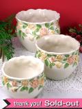1940年代:立体的な優雅なバラたち♪ロマンティックな英国アンティークの鉢「3個組」