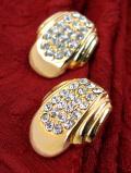 <英国コスチュームジュエリー>1960年代:光の競演♪ゴールドプレートの金色とクリスタルが輝くイヤリング