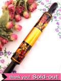 <ロシア製>1950年代:金色のお花たち♪無垢の木でつくられた可愛いローリングピン