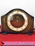 <スミスの時計>1940年代:無垢のオークが美しいSMITHSの置時計