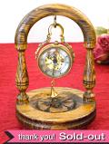<30日間保証!>1930年代:透明な揺れる美人さん♪珍しいスケルトンの優雅な機械式置時計
