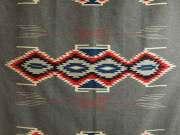 ビンテージ・チマヨ・ブランケット 1940年代 Maisel's Indian Trading Post製 VCB-005 128x201cm チャコールグレー 『グレーワープ』 ※動画あり
