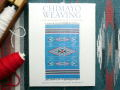 �ڥǥåɥ��ȥå��������󥯥ѥå��ۡ���CHIMAYO WEAVING����THE TRANSFORMATION OF A TRADITION�٥ڡ��ѡ��Хå�