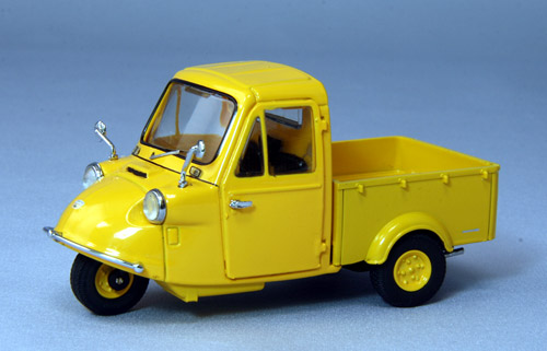 【44415】DAIHATSU TRI-MOBILE 1959 (YELLOW)