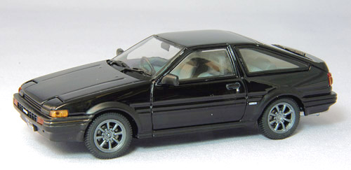 【44494】TOYOTA SPRINTER TRUENO AE86 with alloy wheel (BLACK)