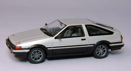 【44511】TOYOTA SPRINTER TRUENO AE86 with alloy wheel (SILVER)