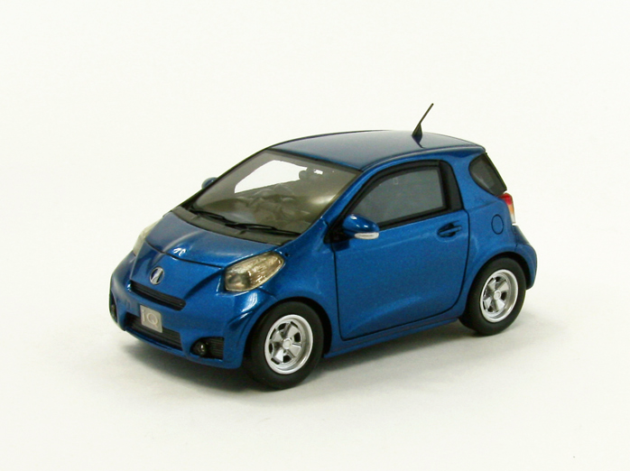 【44697】TOYOTA iQ → (BLUE) 【RESIN】