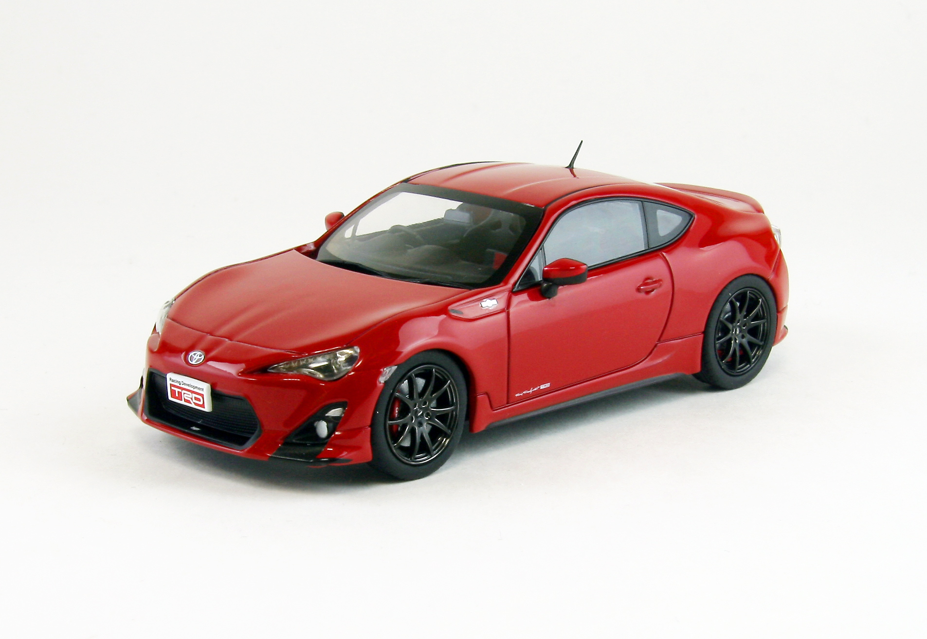 【44876】TOYOTA 86 TRD Performance Line (RED)