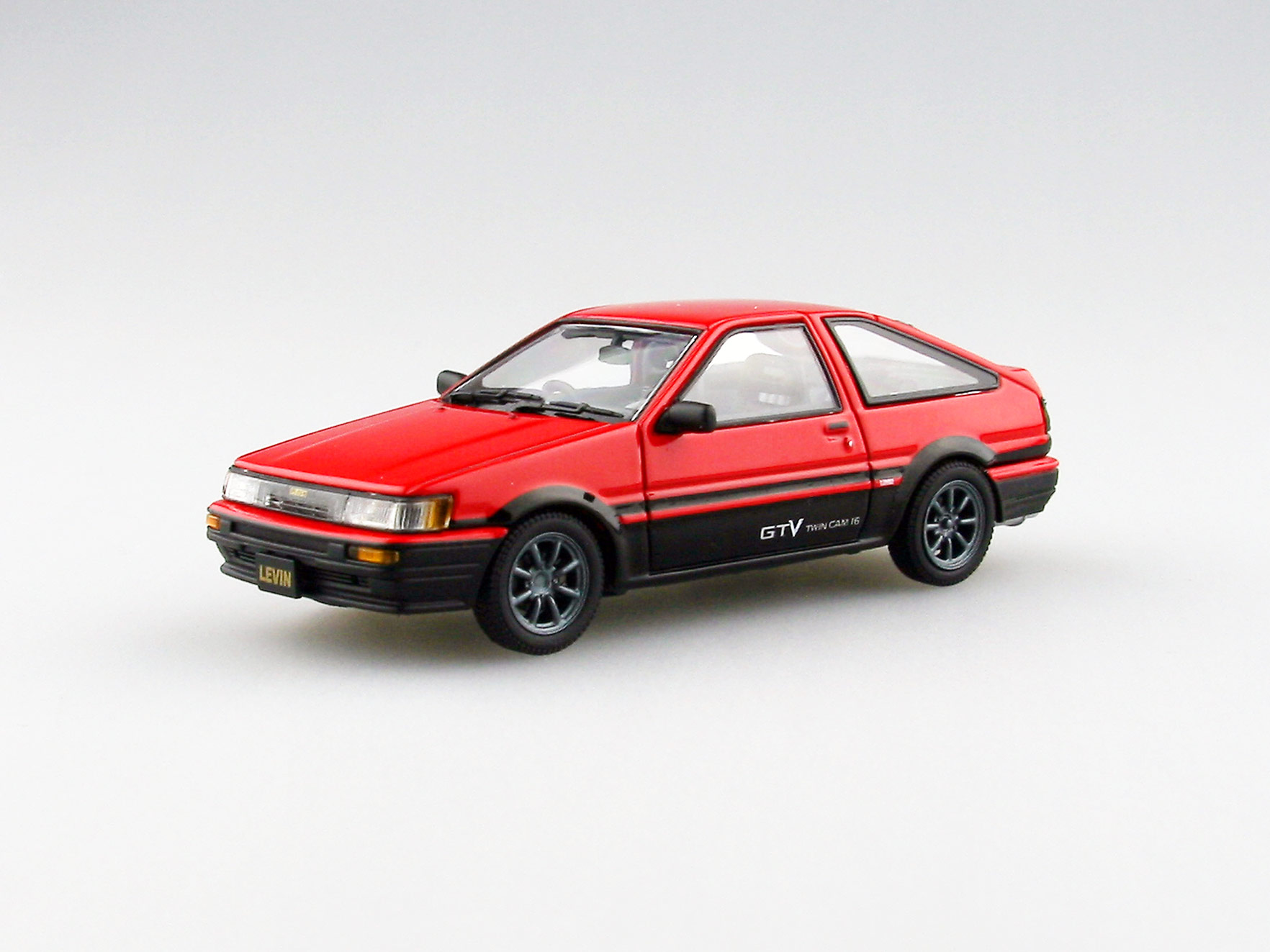 【45185】TOYOTA COROLLA LEVIN 1600GTV with alloy wheel (RED/BLACK)