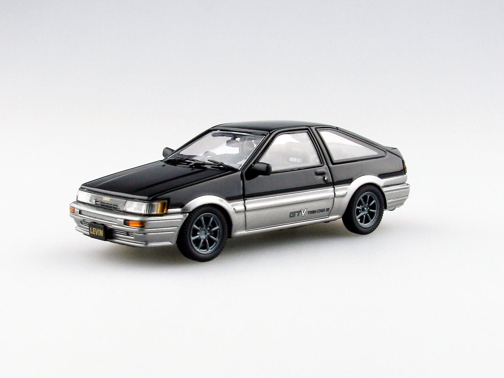 【45187】TOYOTA COROLLA LEVIN 1600GTV with alloy wheel (BLACK/SILVER)