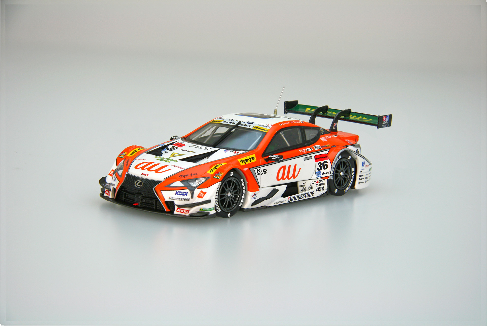 ☆予約品☆【45519】au TOM'S LC500 SUPER GT GT500 2017 No.36