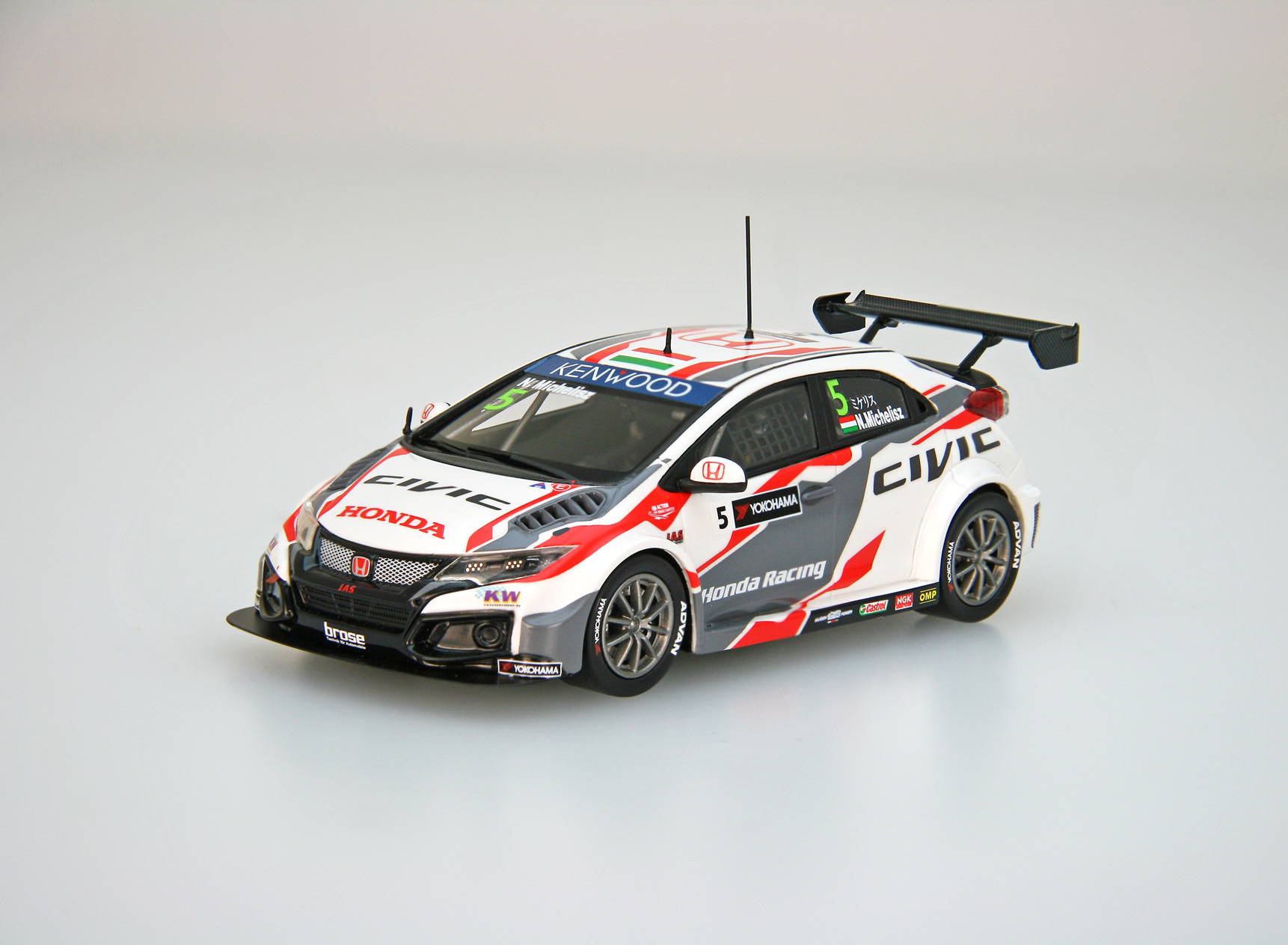 【45569】Honda Civic WTCC 2016 No.5 N.Michelisz [RESIN]
