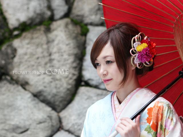和装に似合う成人式・卒業式用の髪飾り(個性的なデザイン)[5000円台]