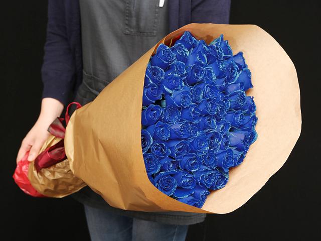 63本の煌薔薇の花束~きらきら輝くバラの宝石(花言葉カード付き) 【送料一律1800円(※一部地域を除く)】