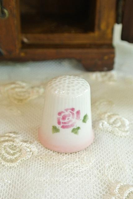マニー ローズ陶器 シンプル(指ぬき)C