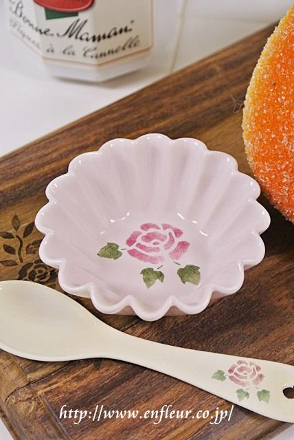 マニー ローズ耐熱陶器 プチケーキ