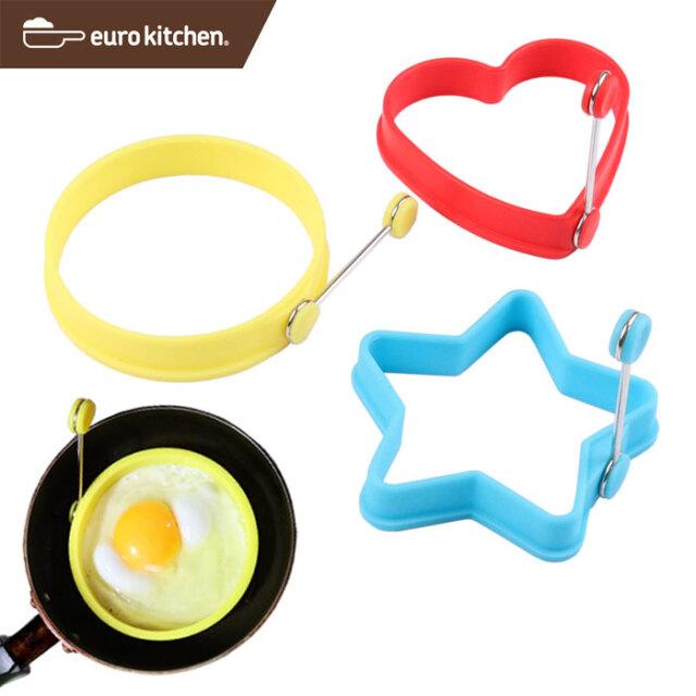 ユーロキッチン eurokitchen シリコンエッグリング3個セット(エッグ・パンケーキリング、ホットケーキ、シリコン焼き型)丸:黄、星:青、ハート:赤
