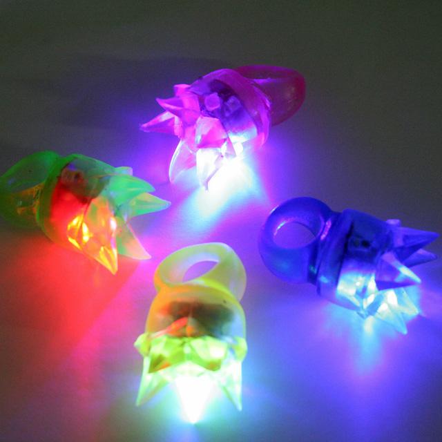 gl-090toc 【王冠】光る指輪(光彩クラウンリング) 36入