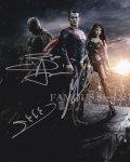 【直筆サイン入り写真】バットマン vs スーパーマン ジャスティスの誕生 3キャスト [映画グッズ/オートグラフ]