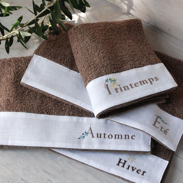 オリジナルタオル、『アネ』。柔らかさと吸収性が特徴、ふんわりソフトなタオルです。春夏秋冬をフランス語で刺繍。