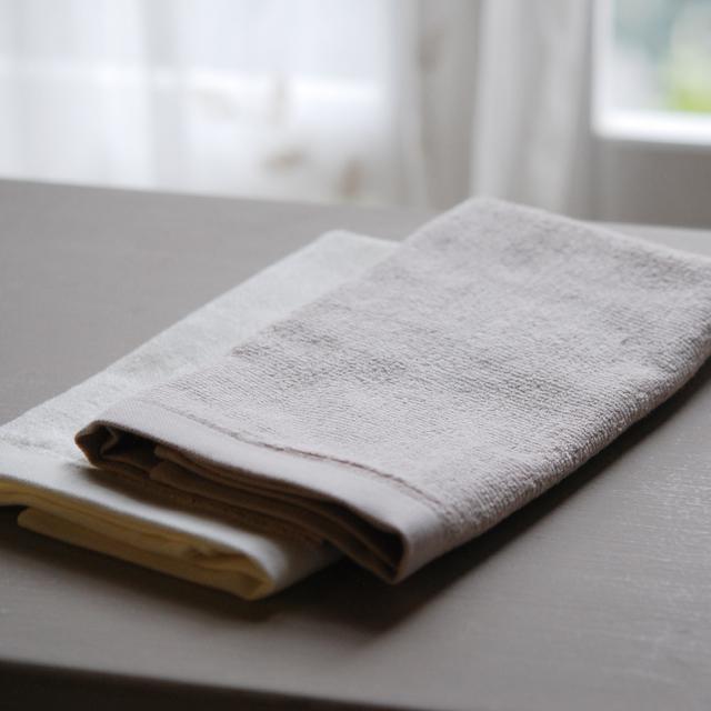 フランジュールの高級タオル,SEINEセーヌ 裏ガーゼ生地薄くて軽いタオルです。