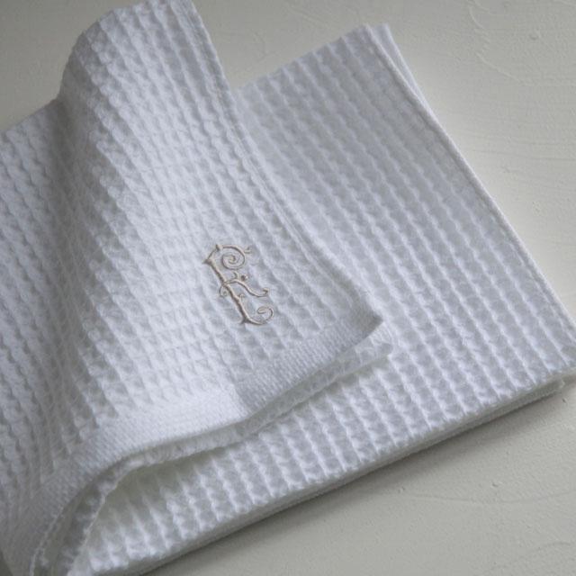 オリジナルタオル、『リュッシュ』。ワッフルなのにソフトで柔らかな手触り。吸水性抜群です。