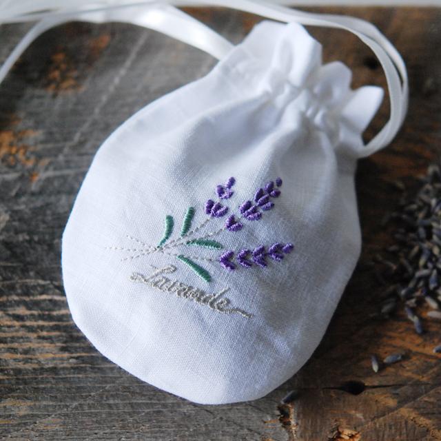 フランジュール FRANCJOUR ラベンダーサシェ ホワイト(ラベンダー刺繍/サテンリボン)