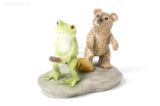 Copeau 飛びたいカエルとほうきを踏むクマ(70074)【宅急便配送】