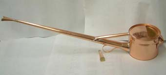 銅製の如雨露(ジョウロ) 竿長 4号