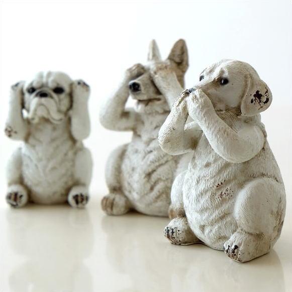 3匹の犬の置きもの