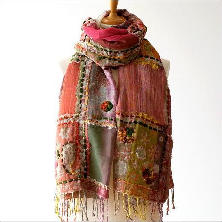 ウールコットンスクエア刺繍ショール