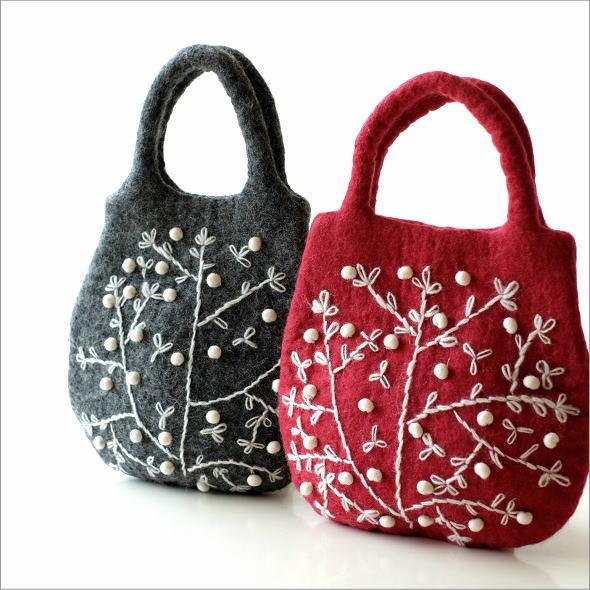 フェルトフラワー刺繍バッグ 2カラー