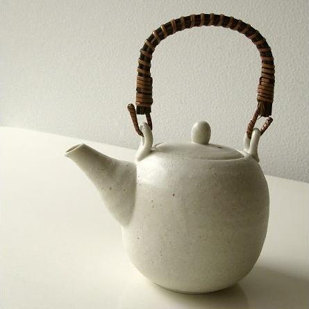 土瓶 急須 美濃焼 陶器 日本製 おしゃれ 和風 シンプル 白釉土瓶
