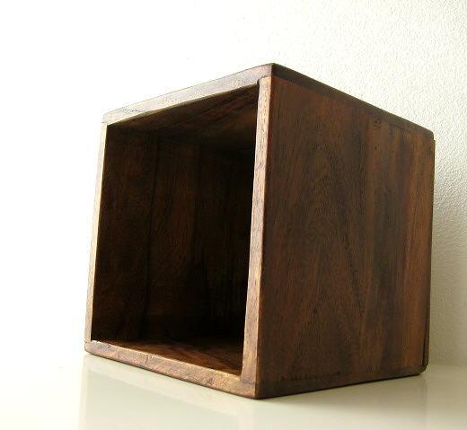 サイコロ形のシンプルな天然木製CDラック スクエア 小物入れ シーシャムウッドCDボックス