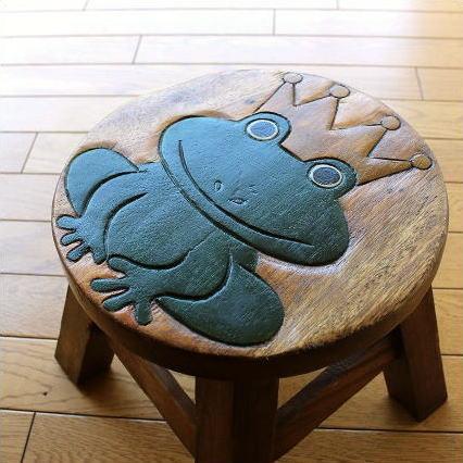 かえるの木製ミニスツール かわいい 小さい椅子 観葉植物 花台 ミニテーブル 置き台 アジアン雑貨 子供椅子 カエルさん