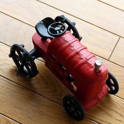 【セール】赤いトラクターのオブジェ