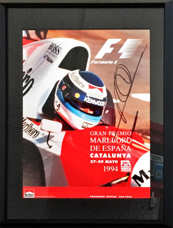 M.ハッキネン 直筆サイン入 1994年スペインGP公式プログラム(額装品)